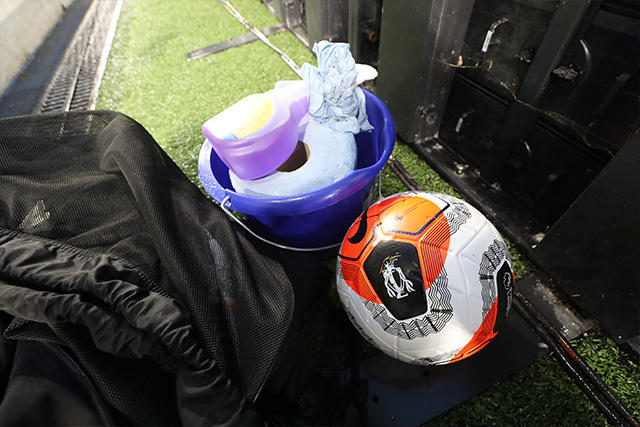 La Premier League volvería a tener aficionados en otoño gracias a un pasaporte digital de salud