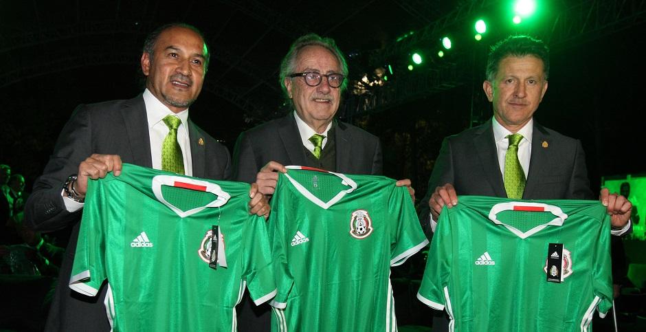 0648a665c8256 Los jerseys más bonitos de la Selección Mexicana
