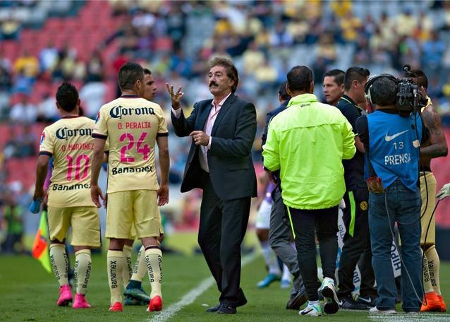 Ricardo La Volpe critica a directiva de América por no reforzar el equipo cuando era el entrenador