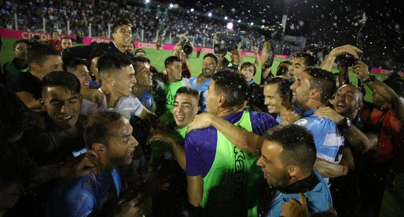 Racing Club celebrando el título de la Superliga Argentina