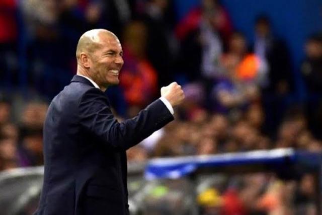 Zidane seguirá como técnico del Real Madrid