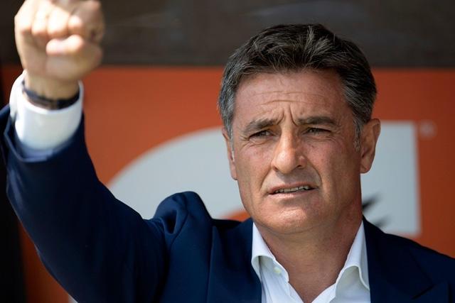 Míchel González sí dejó a Pumas por un tema familiar