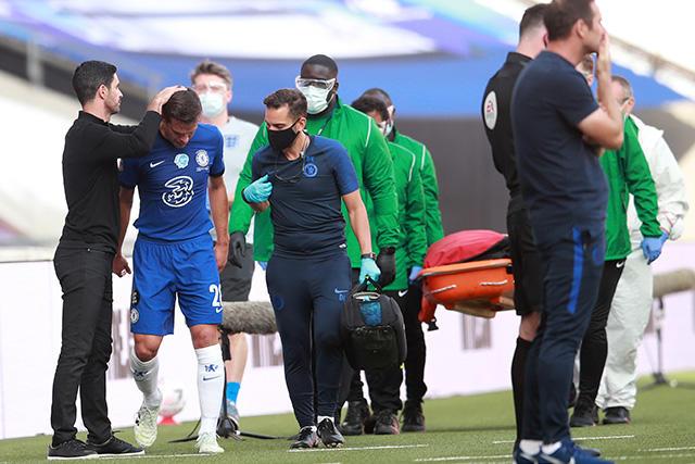 César Azpilicueta es uno de los tres jugadores lesionados del Chelsea