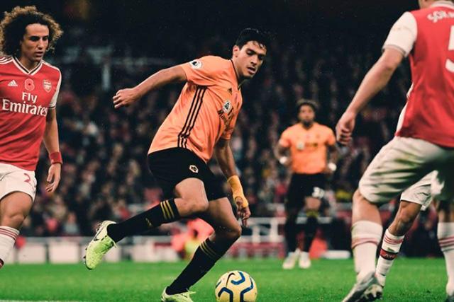 Raúl Jiménez sería una petición de Aubameyang para el Arsenal