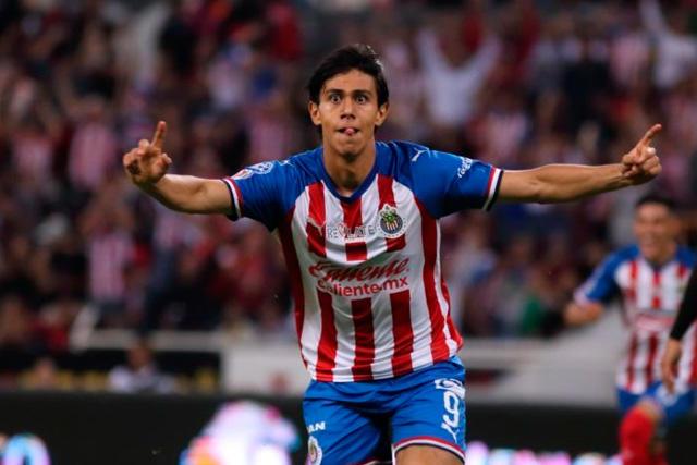 Chivas habría recibido atractiva oferta del Marsella por JJ Macías