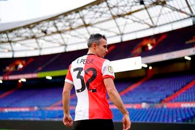 Robin Van Persie regresa al Feyenoord