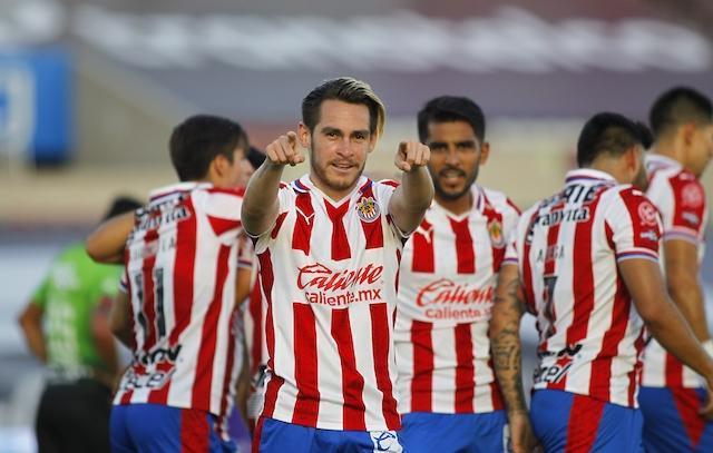 Jesús Angulo festeja su gol contra Juárez