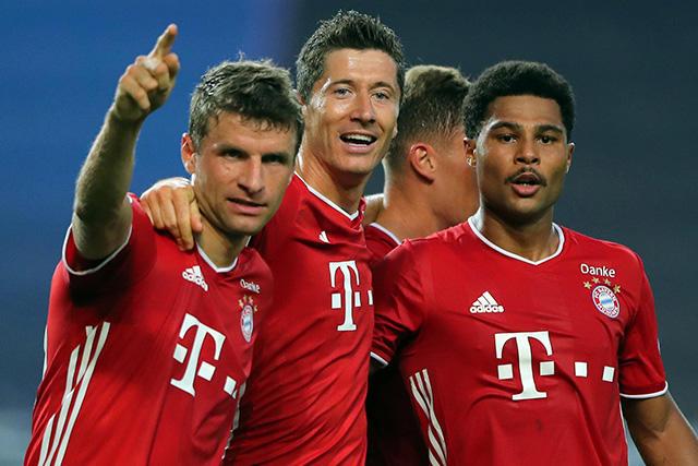 Müller, Lewandowski y Gnabry
