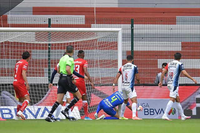 Toño Rodríguez le regaló el primer gol a Toluca