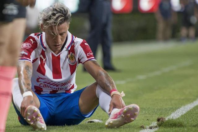 Cristian Calderón y Ronaldo Cisneros estarán prestados con el Tapatío