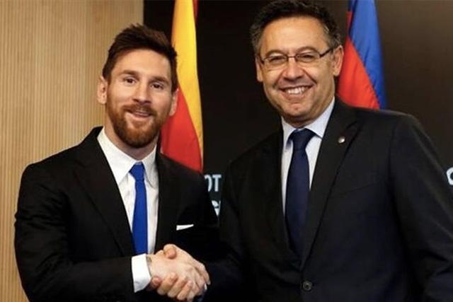 Lionel Messi y Josep María Bartomeu
