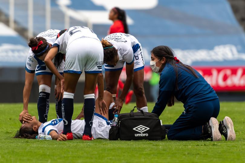 Portera de Toluca agredió a jugadora de Puebla