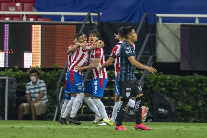Golazo de JJ Macías a Querétaro