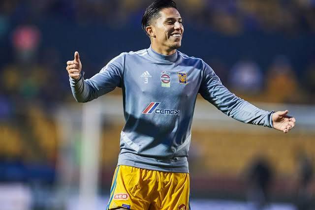 Carlos Salcedo podría regresar a Europa