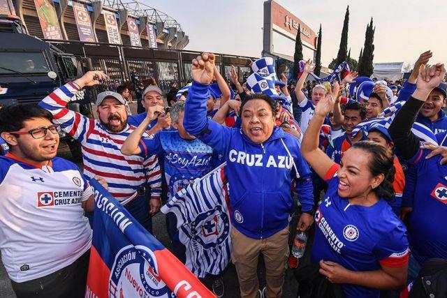 Regreso de afición a los estadios de la Liga MX será sin barras