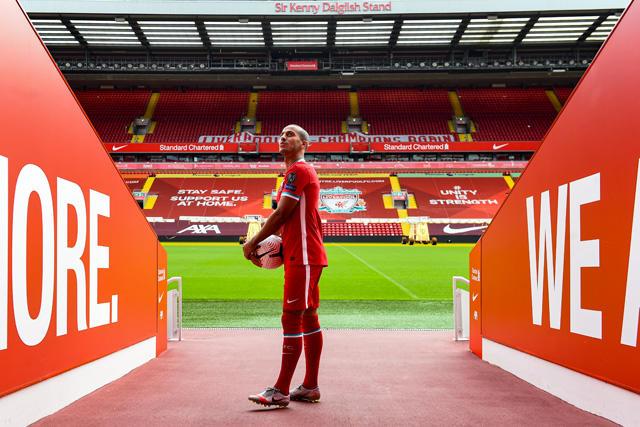Thiago en Anfield