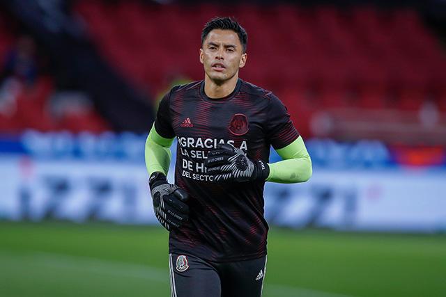 Alfredo Talavera deja atrás racha de más de 19 años sin un portero de Pumas jugando con el Tri