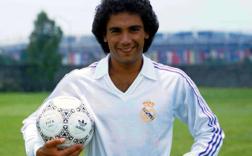 Hugo Sánchez, el mejor goleador de la historia, según la TV española.