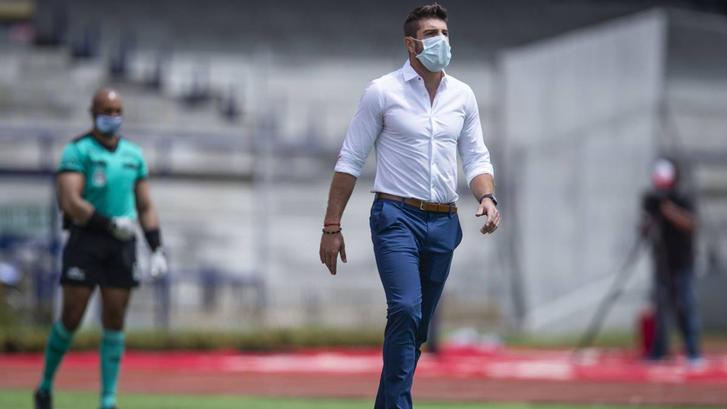 Alex Diego deja las filas de Querétaro