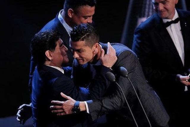 Diego Maradona y Cristiano Ronaldo
