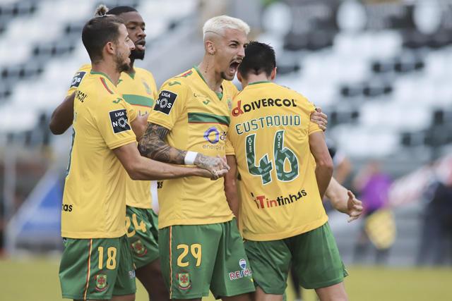 Sthepen Eustáquio marcó el segundo gol del Paços de Ferreira al Porto