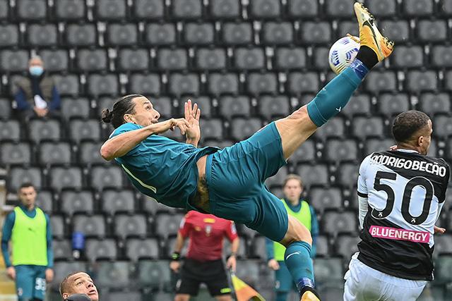 Zlatan Ibrahimovic podría renovar por otra temporada con el Milan