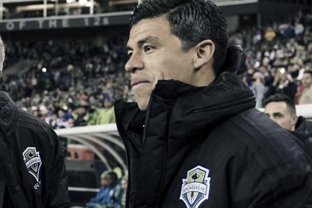 Gonzalo Pineda acepta que tuvo acercamientos para llegar a Pumas