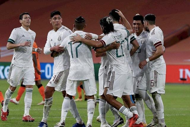 México le dio la vuelta a Corea del Sur con goles en tres minutos