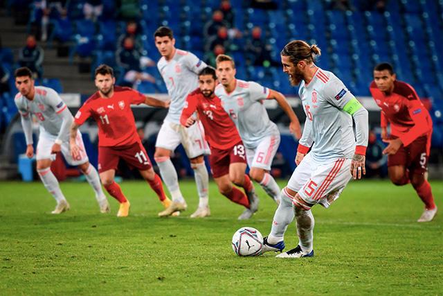 Sergio Ramos falló dos penales ante Suiza