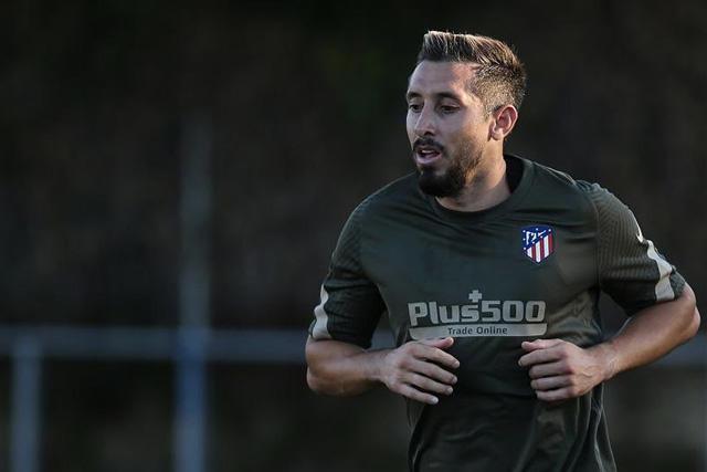 Héctor Herrera sufrió una lesión muscular en el muslo izquierdo