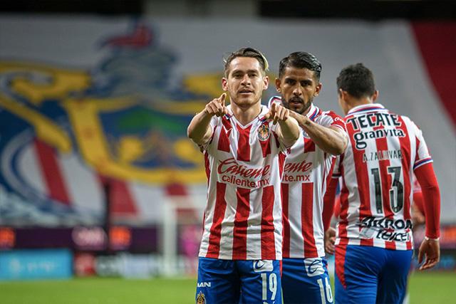 Chivas venció 1-0 a Necaxa