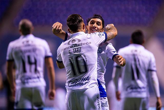 Puebla venció 2-1 a León en la ida de los cuartos de final