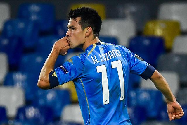 Chucky Lozano celebra su primer gol en Europa League