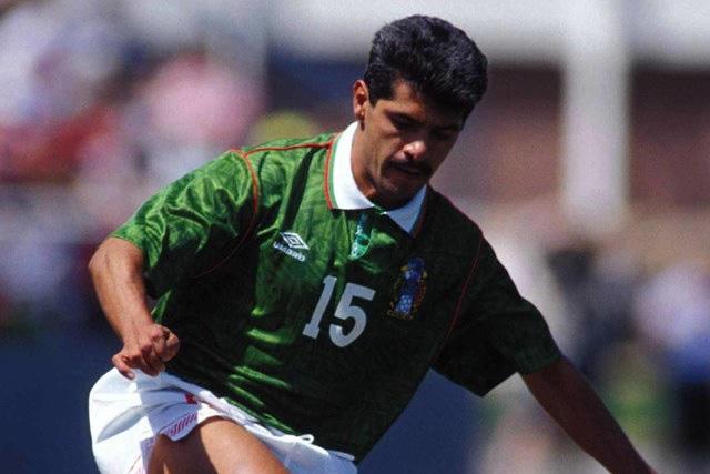 Luis Flores está internado tras presentar síntomas de Covid-19