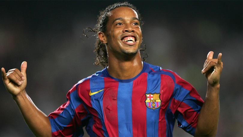 Ronaldinho le sacó varios millones al 2020.