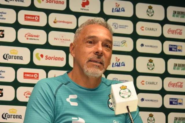 Martín Pérez Padrón, técnico de Santos, falleció a causa del Covid-19