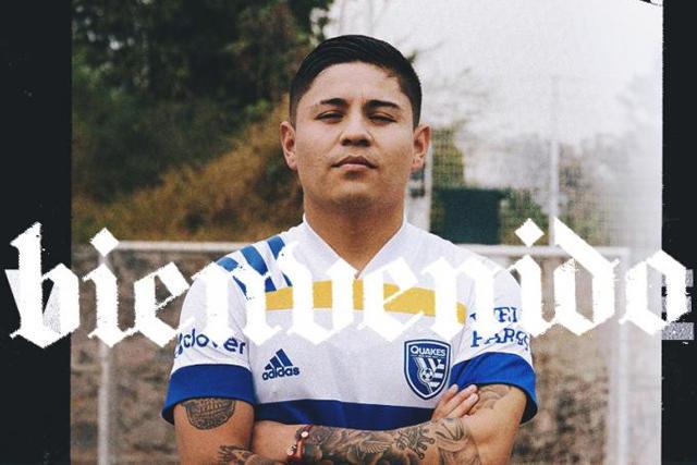 Chofis López ya posa con los colores del San Jose Earthquakes