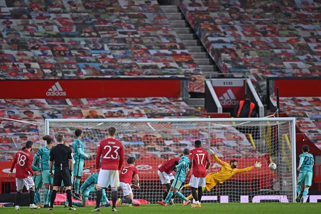 Manchester avanza en la FA Cup