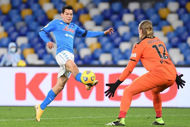 Chucky Lozano puso el segundo gol del Napoli ante Spezia