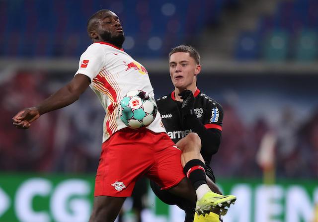 Upamecano cerca de firmar con el Bayern München