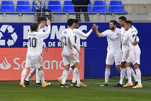 Real Madrid venció con apuros al sotanero Huesca