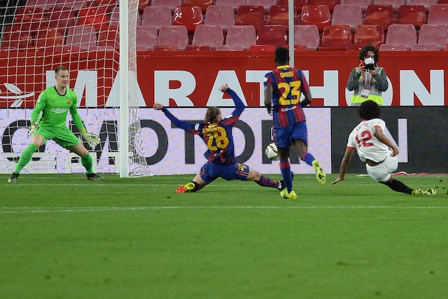 Sevilla le gana al Barcelona1-0