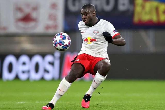 Dayot Upamecano se decidió por jugar con el Bayern la próxima temporada