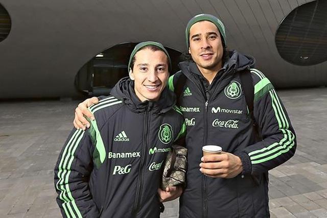 Andrés Guardado y Memo Ochoa se llenan de elogios