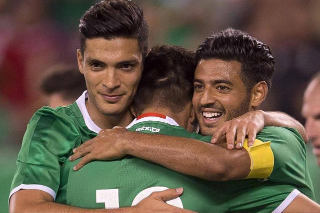 Raúl Jiménez y Carlos Vela destacan en la prelista de jugadores mayores para Tokio 2020