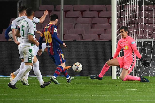 Messi marcó un doblete en la goleada