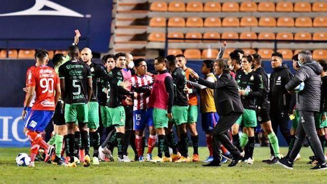 Santos pierde el caso tras acusaciones de racismo
