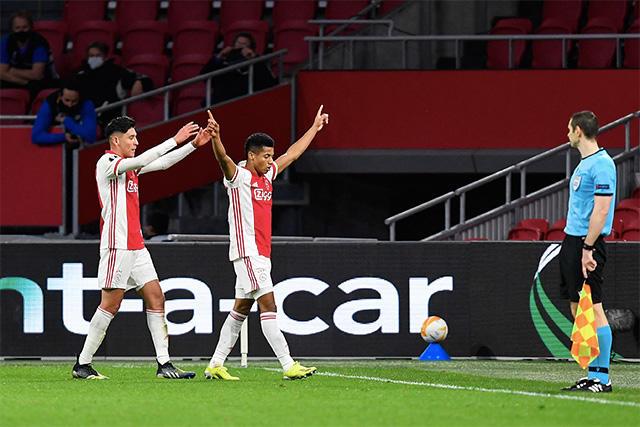 Ajax enfrentará a Young Boys en los octavos de la Europa League