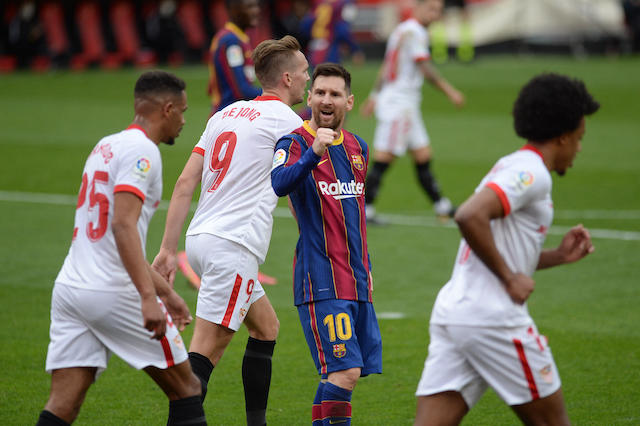 Messi y el Barcelona superan una dura prueba tras vencer al Sevilla