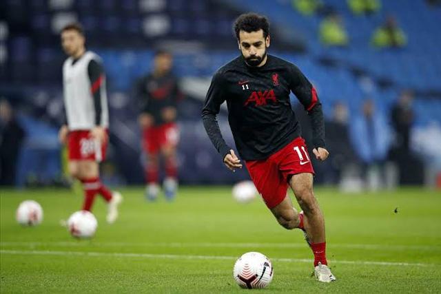 Mohamed Salah podría llegar al Barcelona, si Messi sale del club